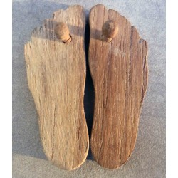 Kharam (wooden shoes)