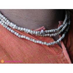Three Round Neckbead
